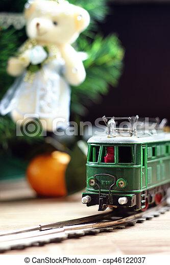 train under tree gift - csp46122037