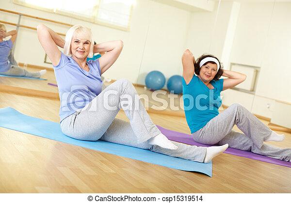 Training in gym - csp15319514