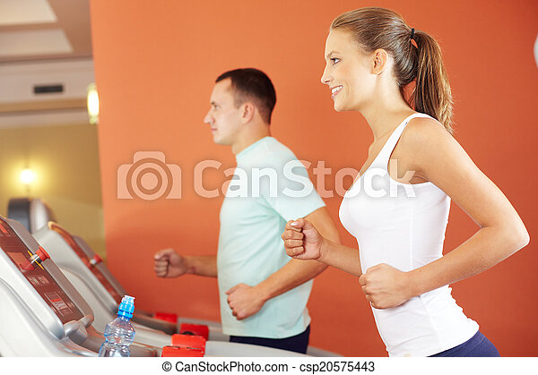 Training in gym - csp20575443