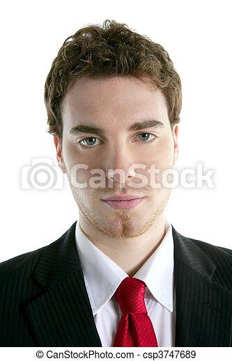 Hombre de negocios joven y guapo traje de corbata - csp3747689