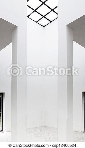 Salón vacío con techo translúcido - csp12400524