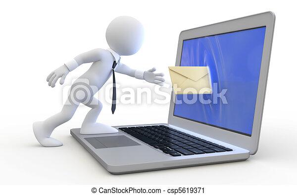 Hombre enviando un mensaje - csp5619371