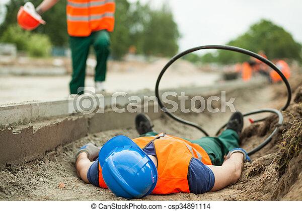 travail, accident - csp34891114