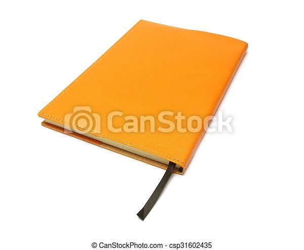 Libro de notas sobre fondo blanco con ruta de recorte - csp31602435