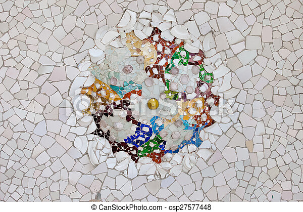 Trencadis trencadis mosaic in park guell in barcelona. trencadis mosaic from