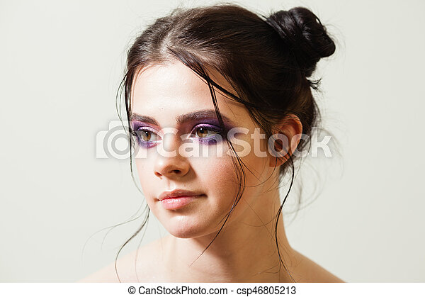 Trendy makeup for a young woman - csp46805213