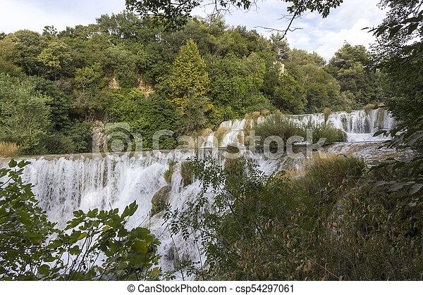 trhough, wasserfälle, krka, natur - csp54297061