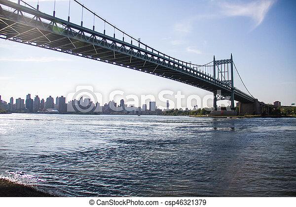 Triborough bridge over the river and Manhattan city, New York - csp46321379