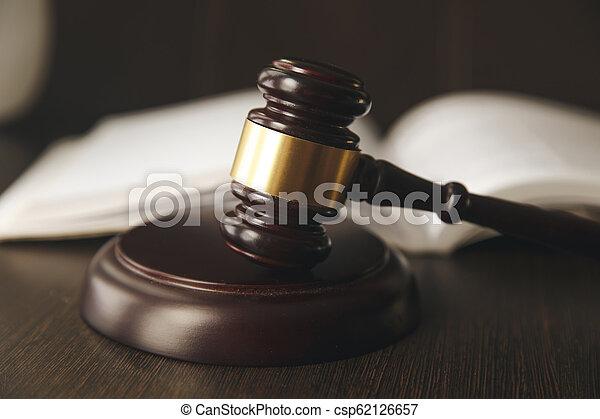 tribunal, balances, justice, livres, juge, droit & loi, marteau - csp62126657