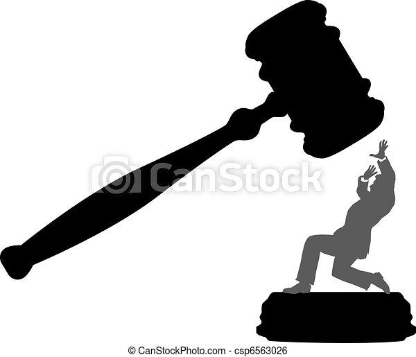Personas de negocios en peligro de que la corte dé el martillo - csp6563026