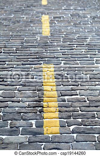trottoir ligne jaune image de stock recherchez photos et clipart csp19144260. Black Bedroom Furniture Sets. Home Design Ideas