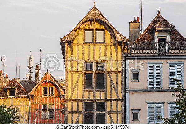 troyes, ηλιοβασίλεμα , αγαπητέ μου αρχιτεκτονική  - csp51145374