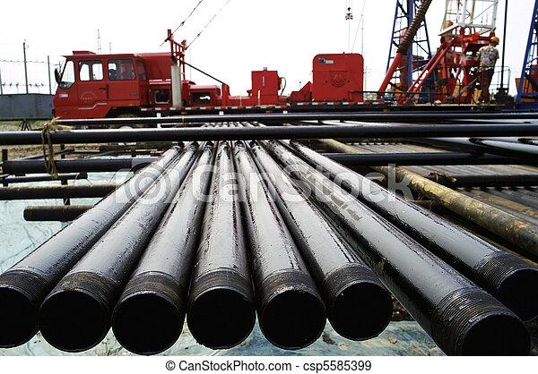 tubo, perforación - csp5585399