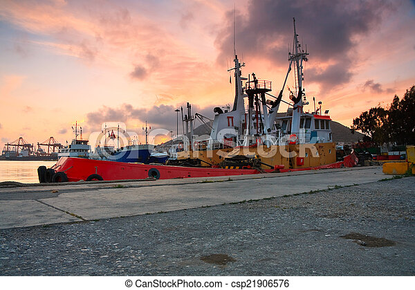 Tugs in port of Piraeus, Athens. - csp21906576