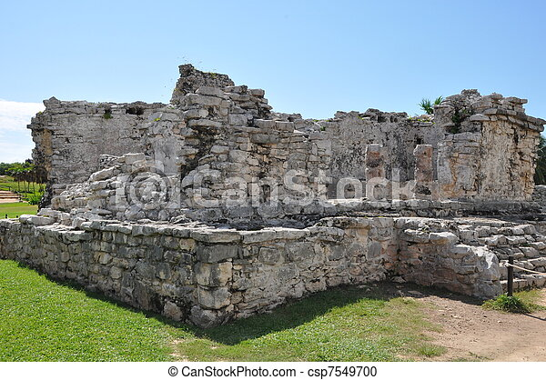 Tulum Mayan Ruins - csp7549700