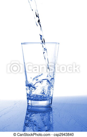 tumbler of fresh water - csp2943840