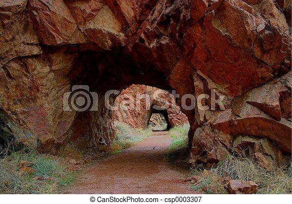 tunnels 5044 - csp0003307