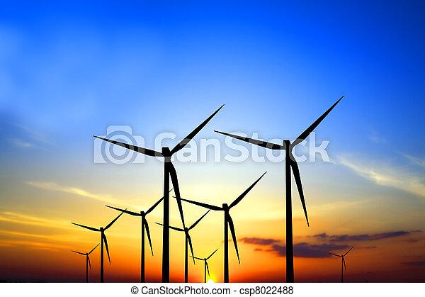 Turbinas al atardecer - csp8022488