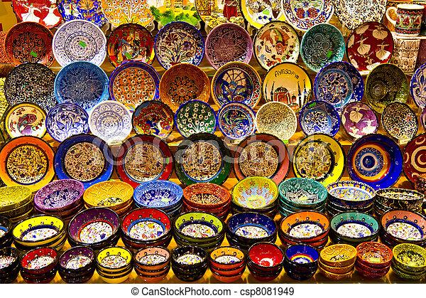 Turkish Ceramics from Spice Bazaar, Istanbul - csp8081949