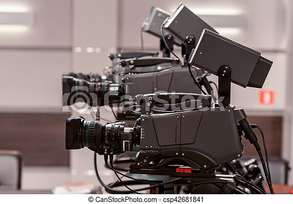 tv κάμερα , στούντιο , τρία  - csp42681841