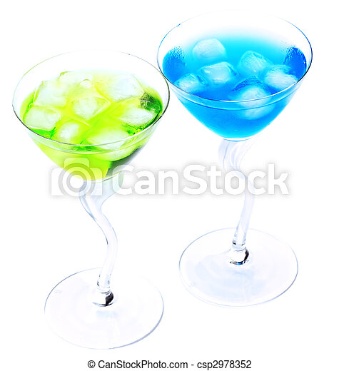 Two cocktails with ice - csp2978352