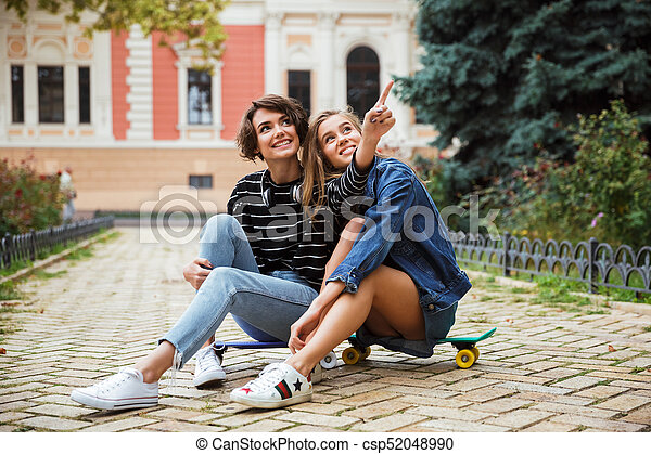 Young teens finger each other