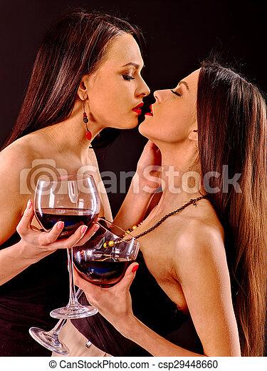 lesbiyanki-razvratnie-smotret