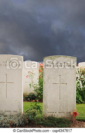 tyne, tombes, lit camp, inconnu, cimetière, ypres, passchendaele, flandre, soldats, mondiale, baissé, guerre - csp4347617