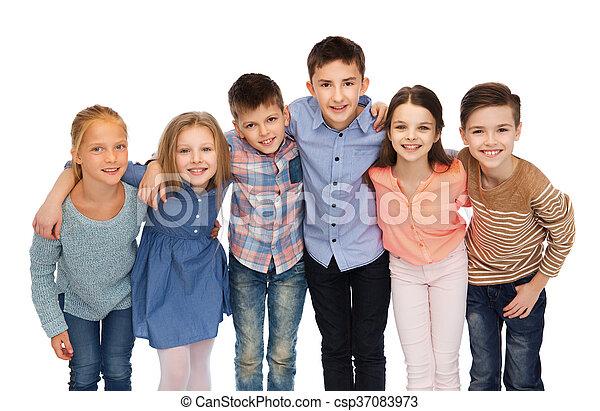 uśmiechanie się, dzieci, tulenie, szczęśliwy - csp37083973