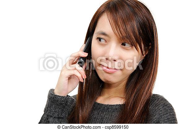 używając, kobieta, asian, cellphone - csp8599150
