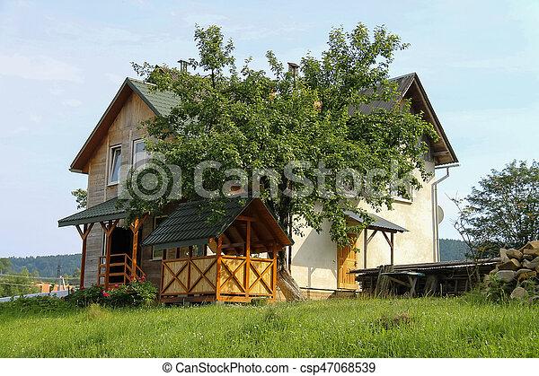 ukraine veranda porche bois moderne carpathians petite maison. Black Bedroom Furniture Sets. Home Design Ideas