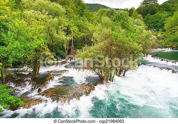 una, ποτάμι , καταρράκτης  - csp21984063