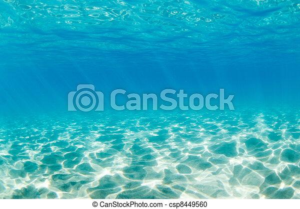 Underwater - csp8449560