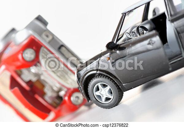 Zwei Autos bei einem Unfall - csp12376822