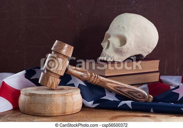 uni, tribunal, crâne, etats, drapeau, fond, marteau - csp56500372