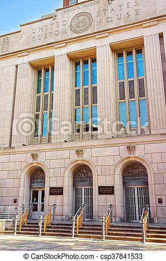 United States Custom House Building in Chestnut Street in Philadelphia - csp37841533