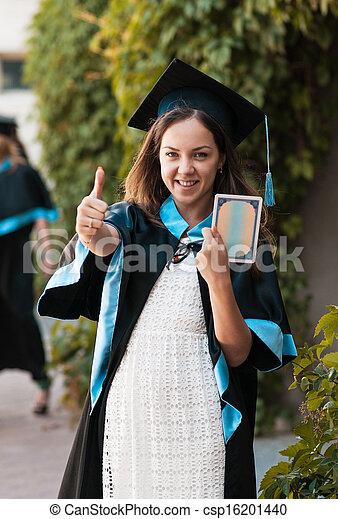 Graduado universitario con un diploma - csp16201440