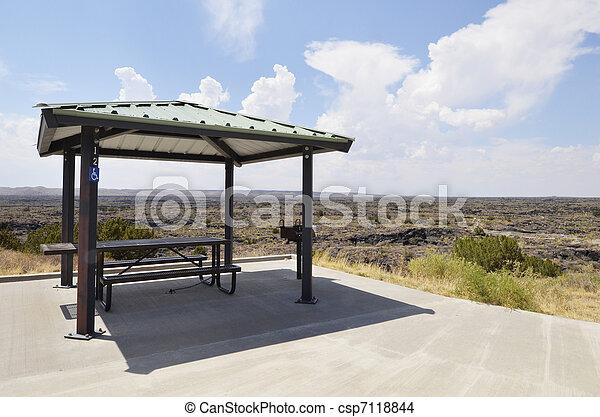unterstand, picknick - csp7118844