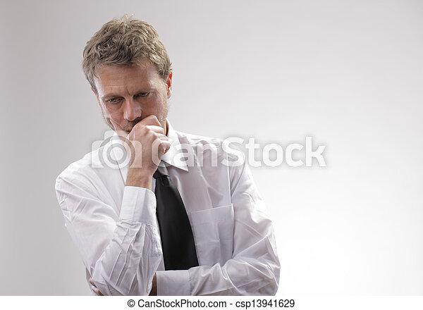 uomo affari, preoccupato - csp13941629
