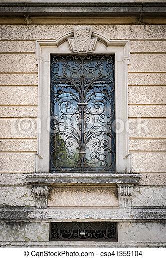 Uralt Grill Landhaus Fenster Kunstlerisch Eisen Italienesche