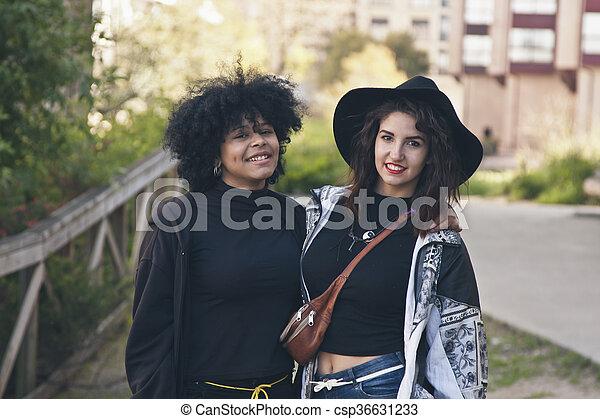 urbain, couple, mode, filles - csp36631233