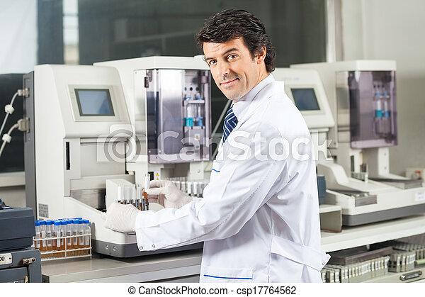 urine, analyseur, scientifique, échantillons, essai, utilisation - csp17764562