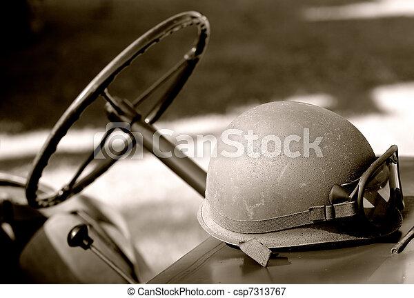 us army helmet - csp7313767