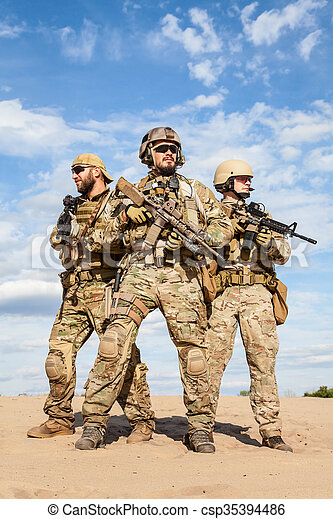 US Army Special Forces Group soldiers - csp35394486