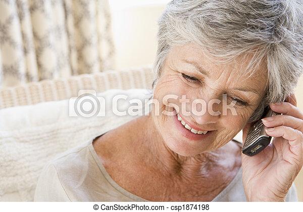 usando, donna, dentro, telefono cellulare - csp1874198