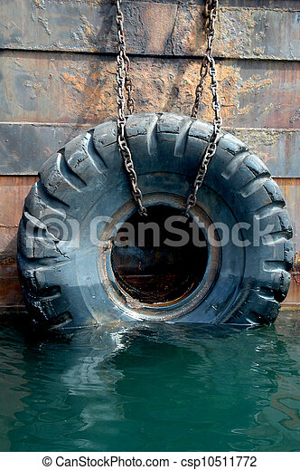 used tires on the ship - csp10511772
