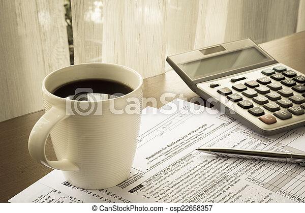 Formas de impuestos de gastos para el uso de negocios de su casa - csp22658357