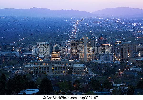 Utah Capitol view during night in Salt Lake City - csp32341971