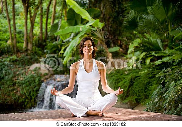 utanför, yoga - csp1833182
