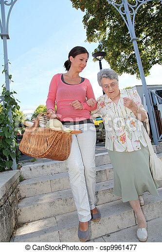 város, személy, öregedő, carer, otthon - csp9961477